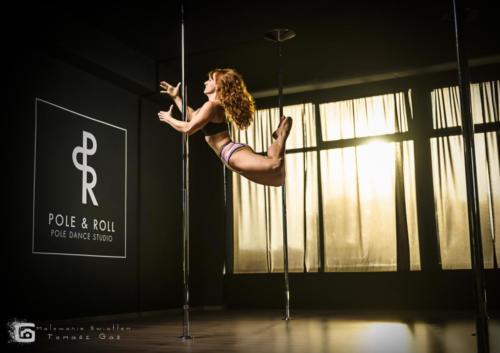 Marta Haliniak Pole  Roll Studio untitled malowanieswiatlem 1169 (8)
