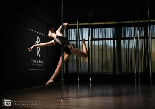 Pole  roll Studio pole dance stalowa wola tarnobrzeg untitled malowanieswiatlem 1310kinga (29)
