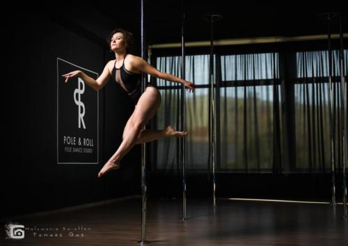 Pole  roll Studio pole dance stalowa wola tarnobrzeg untitled malowanieswiatlem 1310kinga (30)