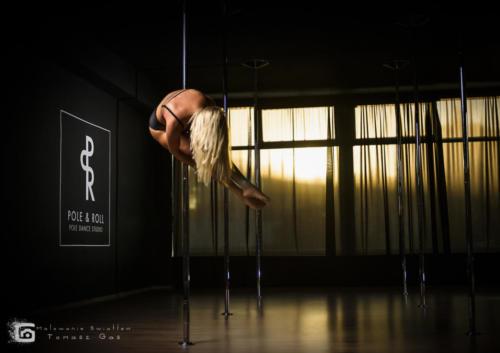 Pole  roll Studio pole dance stalowa wola tarnobrzeg untitled malowanieswiatlem 1310kinga (34)