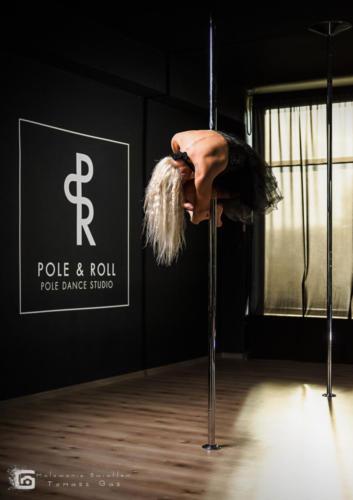 Pole  roll Studio pole dance stalowa wola tarnobrzeg untitled malowanieswiatlem 1310kinga (4)
