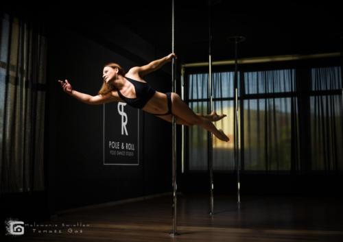 Pole  roll Studio pole dance stalowa wola tarnobrzeg untitled malowanieswiatlem 1310kinga (46)