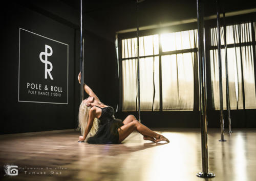 Pole  roll Studio pole dance stalowa wola tarnobrzeg untitled malowanieswiatlem 1310kinga (5)
