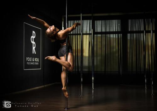 Pole  roll Studio pole dance stalowa wola tarnobrzeg untitled malowanieswiatlem 1310kinga (53)