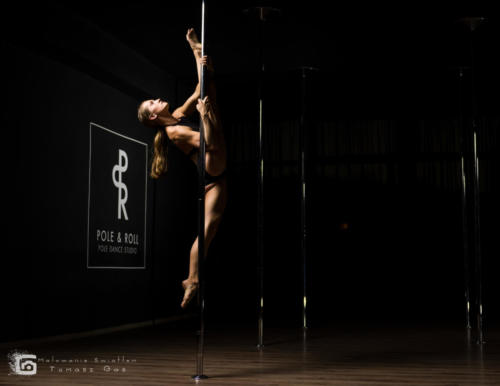 Urszula Haliniak Pole  Roll Studio MAL 6136a-Edit (1)